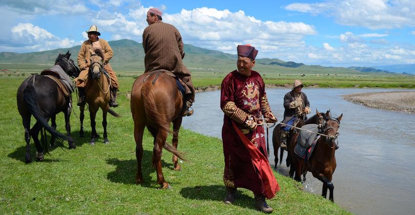 Подорож в минуле: Як під Алмати відтворили ярмарок XIX століття