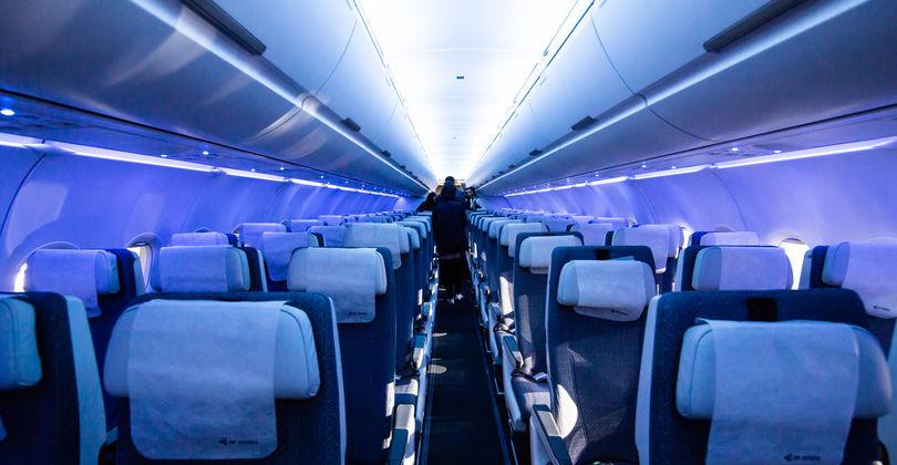 Зеркало для селфи и «кресло-кровать»: Как выглядит новый самолет Air Astana