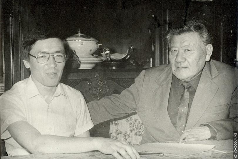 Сырбай Мауленов с сыном Касымом