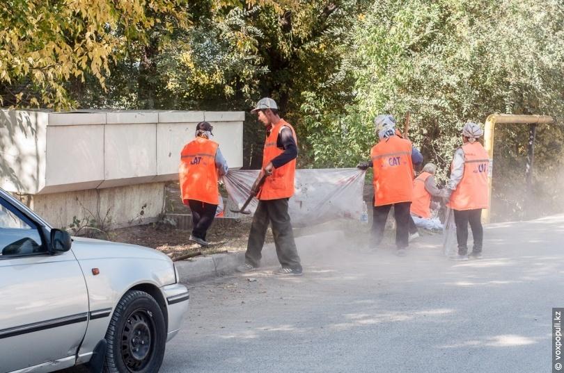 Уборка на улице Молдагуловой