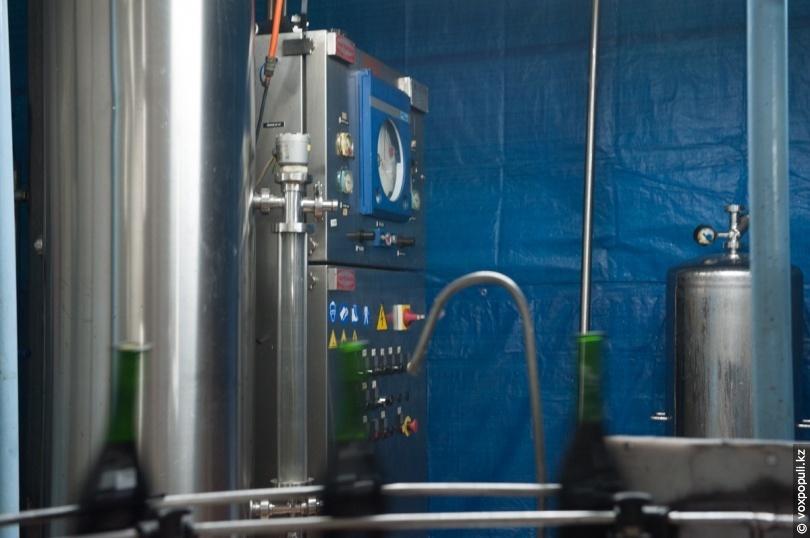 Аппарат, обогащающий вино углекислым газом