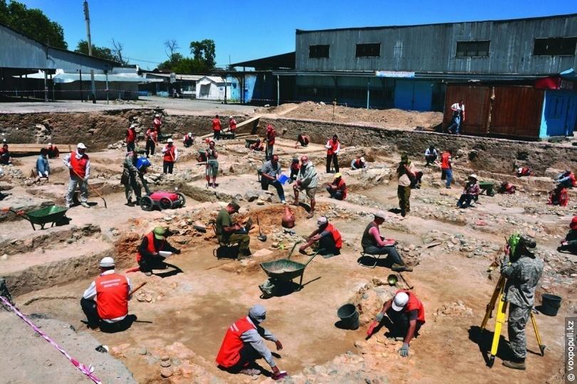 Розкопки Стародавнього Тараза