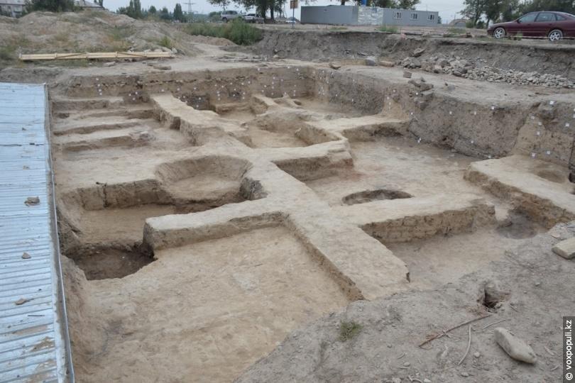 3-й строительный горизонт древнего Тараза