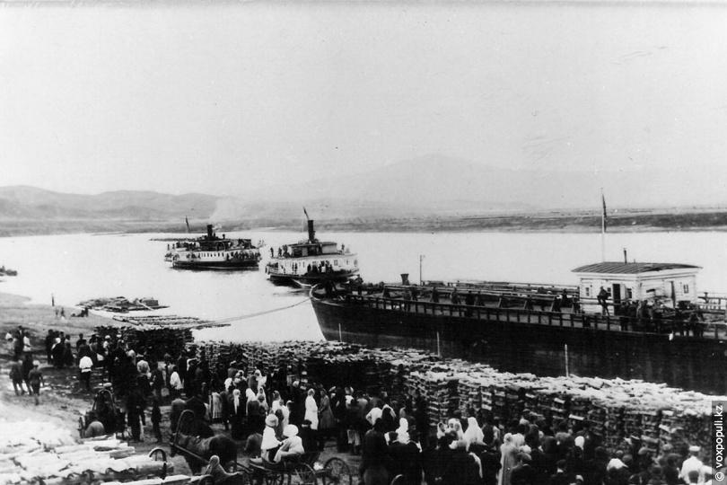 Пристань на Иртыше, 1915 год