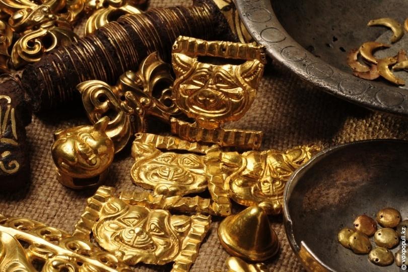 Сакские золотые изделия