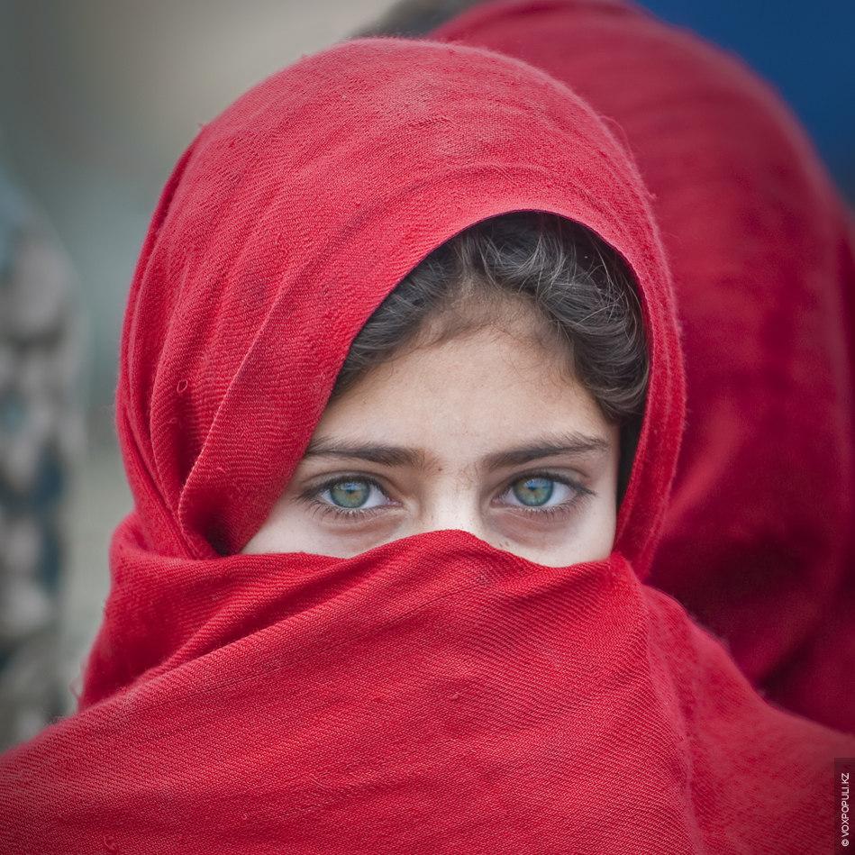 afghan-girls-fisting-lesbian-porn-gif
