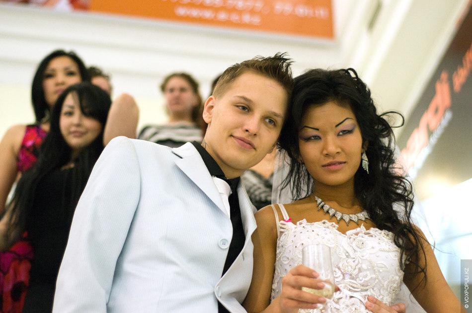 Лесбийские общества