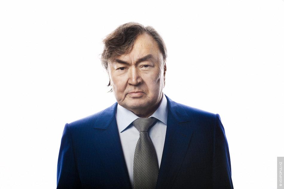 Олжаса Сулейменова в Казахстане знают все. Поэт, писатель, общественный деятель, дипломат. Именно он в свое...