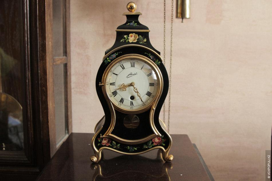– Это далеко не дешевое увлечение, – рассказывает Петр, – хотя неработающие часы стоят намного...