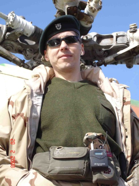 Петр по-настоящему разносторонний человек. Телеведущий (программа «Дела армейские»), режиссер, актер, джазовый певец (работал с оркестром...