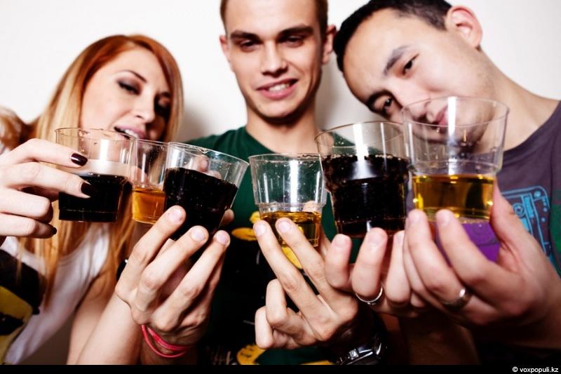 Как можно научиться пить без запоя
