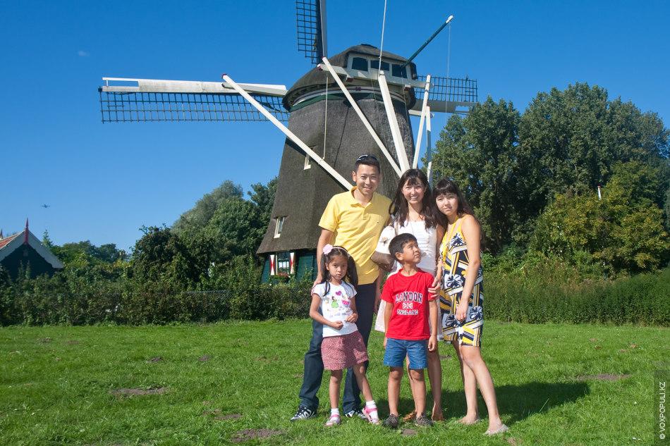 Когда мы 10 лет назад приехали в Европу, нашей старшей дочке Аиде было 4 года....