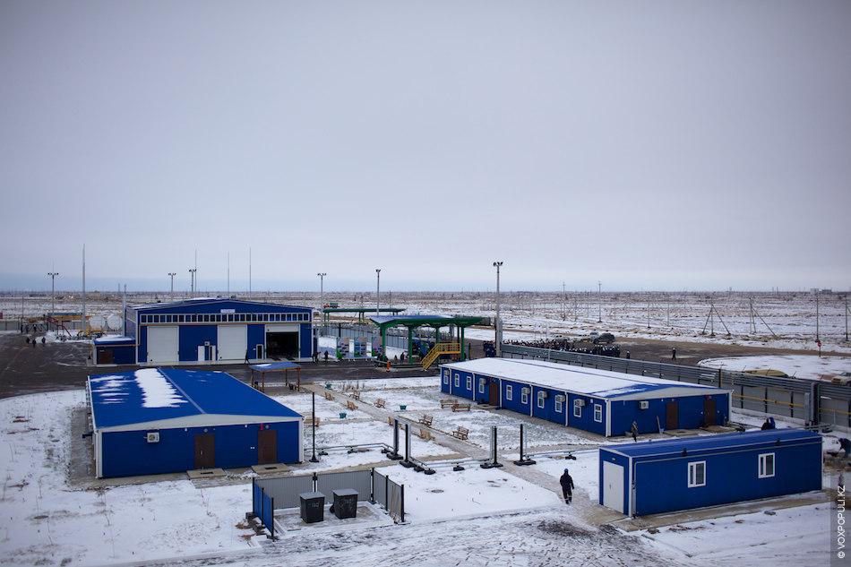 В декабре этого года на месторождении была сдана в эксплуатацию новая производственная база на 250...