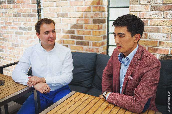 О приходе в бизнес  Жанибек:  В бизнесе я с 18 лет. Первый опыт получил со школьными друзьями....