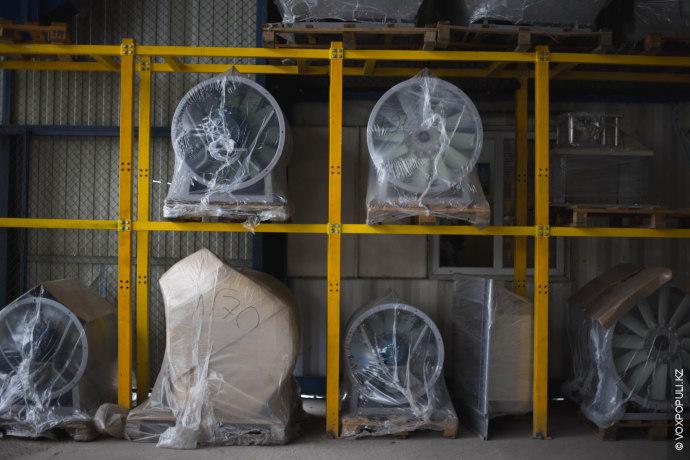 Вот так в окончательном виде выглядит продукция вентиляторного завода. Вентиляторы могут быть изготовлены отдельно, либо...