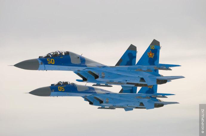 Вчера в 20 часов 42 минуты при проведении учебно-тренировочных полетов пропала связь с казахстанским боевым...