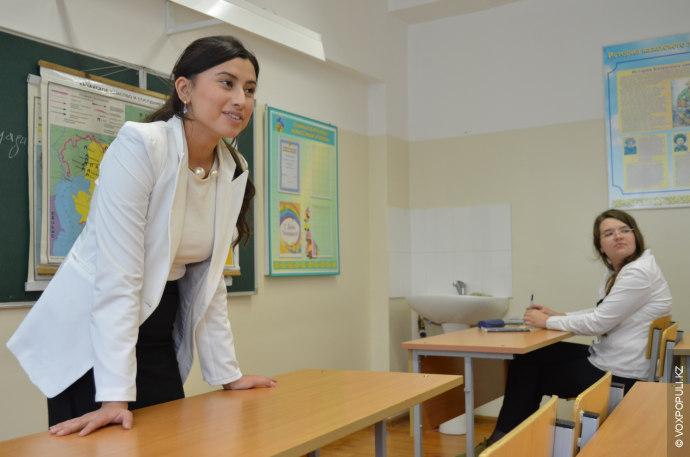 Ежегодно 5 октября отмечается Всемирный день учителя. В репортаже к Дню учителя три героини разных...