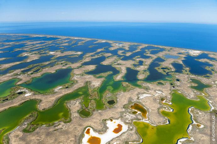 Любопытные факты:  Балхаш считается вторым по величине непересыхающим озером после Каспийского моря, и занимает...