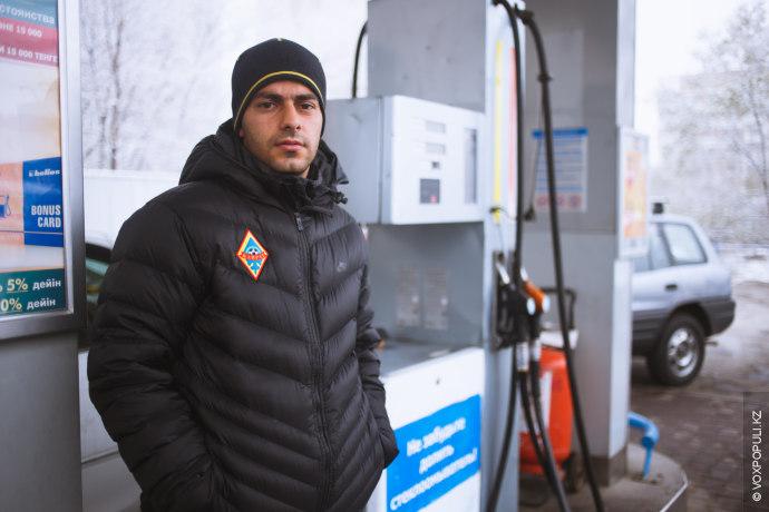 Тем временем Алматы вслед за Уральском и Рудным столкнулся с проблемой дефицита бензина. На автозаправочных...