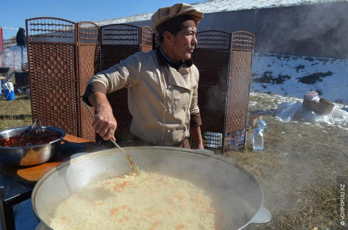 11 октября в Талгарском районе, в лыжно-биатлонном комплексе «Алатау», прошел праздник казахстанской кухни – второй...