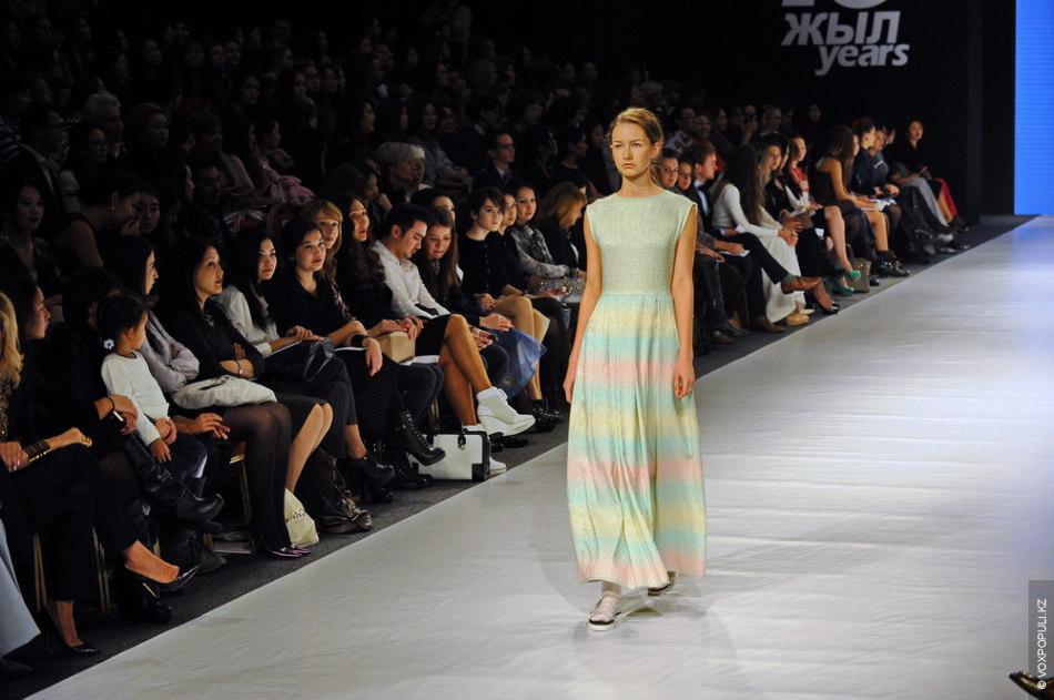 Kazakhstan Fashion Week-2014: Қызыл Борiк как вдохновение