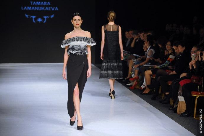Салтанат Картжанова:  — Возникает впечатление, что дизайнер вдохновлялась коллекциями всеми любимых Доменико и Стефано.