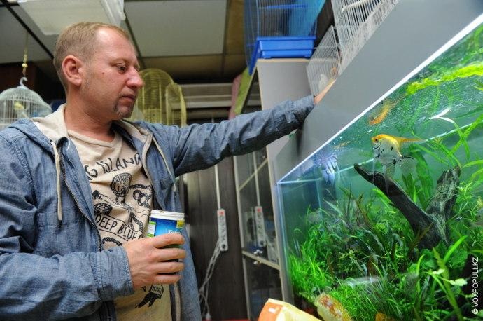 Денис Пахомчик – верстальщик. Он любит фотографировать и занимается аквариумистикой. Сегодня у него есть собственный...