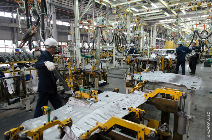 Система мотивации здесь просматривается и в оценке труда людей, делающих первые внедорожники казахстанского производства. Средняя...