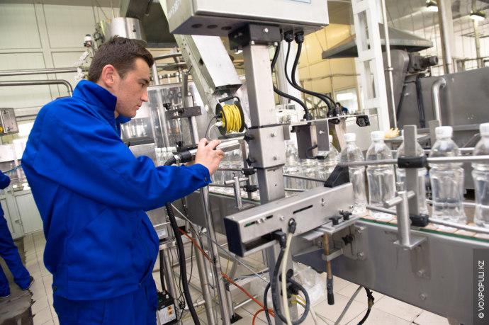 В Lemonadoff значительно сократили расходы, начав выпуск воды Salute на заводе своих партнеров – компании...