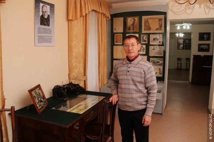 Заведующий Домом-музеем Дмитрия Багаева Талгат Адамов рассказывает, что Дмитрий родился в 1884 году в деревне...