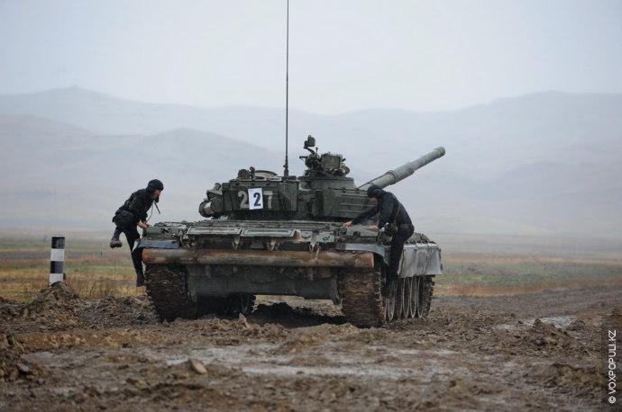 Более 650 военнослужащих приняли участие в экспресс-тесте. Среди них такие специальности, как танкисты, мотострелки, десантники,...
