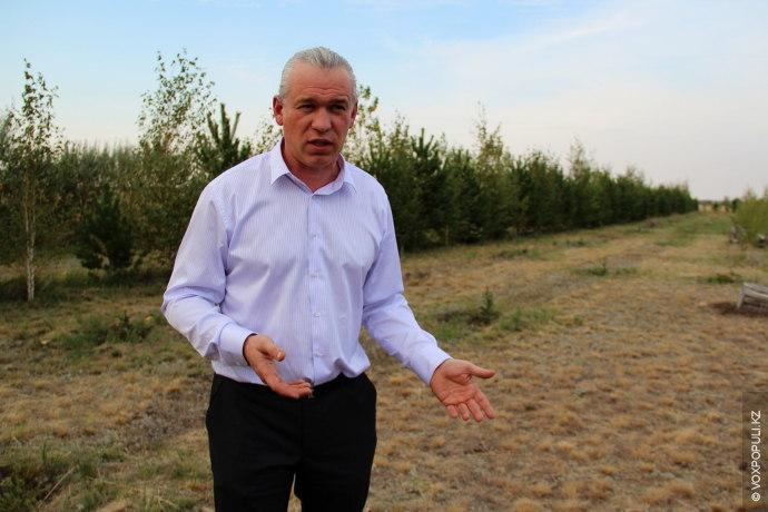 43-летний Юрий Гашек – потомок чешских переселенцев. Облагораживая казахстанскую степь он