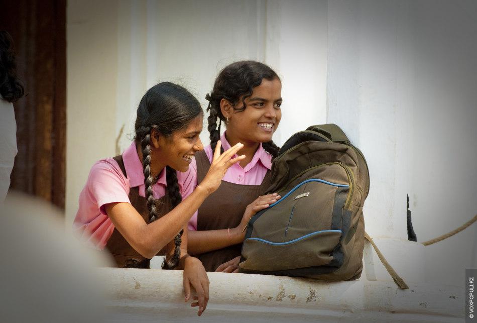 Школьницы из Маргао
