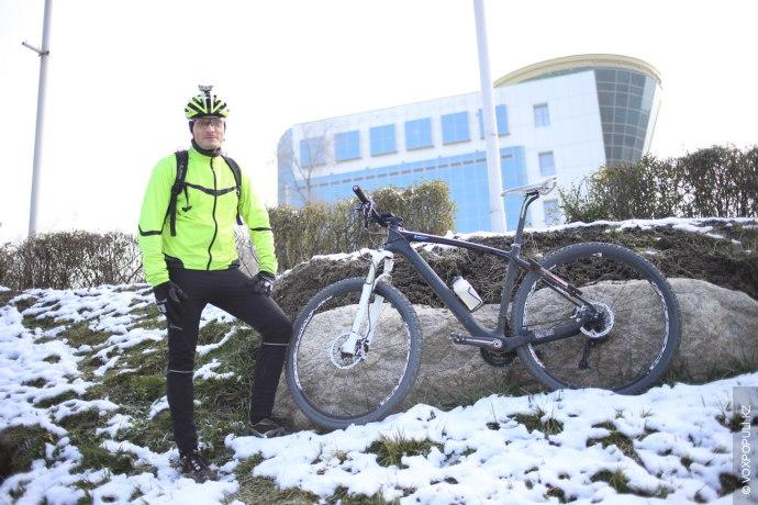 – Любой велосипед подойдет для езды по городу! Неважно, зима это или лето. Я бы...