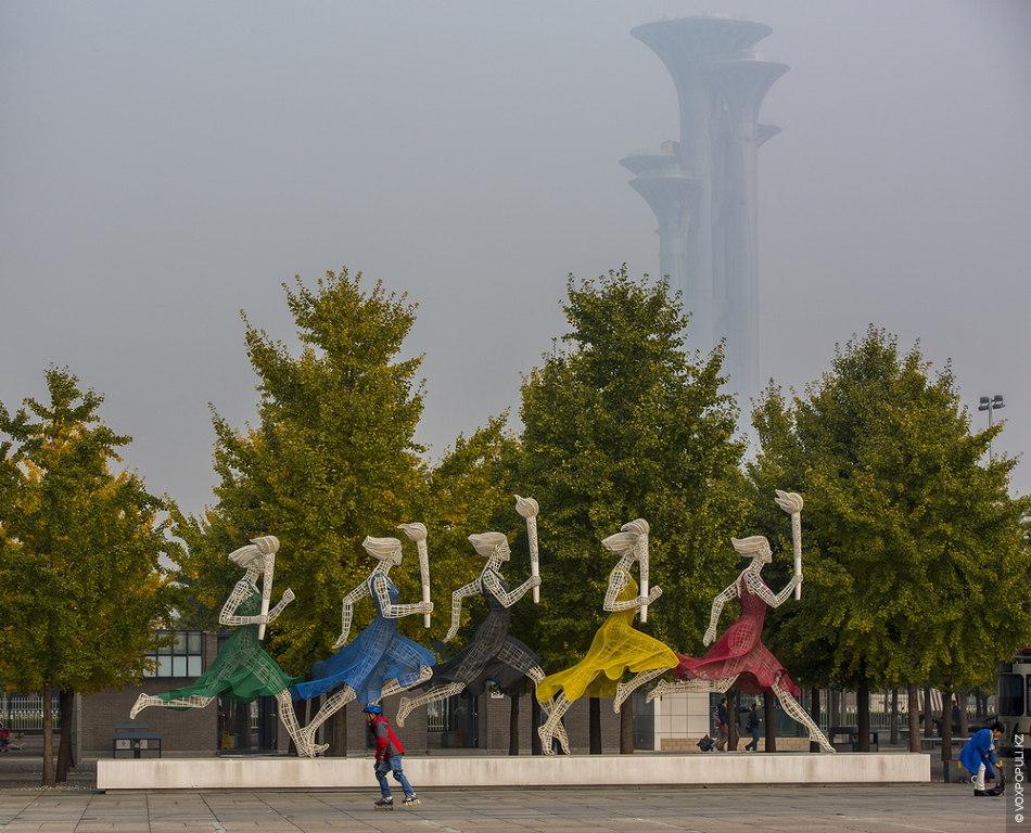 Отголоски Пекинской Олимпиады-2008 можно увидеть повсюду. Такого рода объекты теперь уже навсегда вписались в историю...