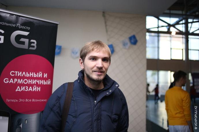 Владимир Лукашов, дизайнер, игрок сборной казахстанских интернет-ассоциаций:  – Я люблю спорт и решил сегодня поддержать своих...