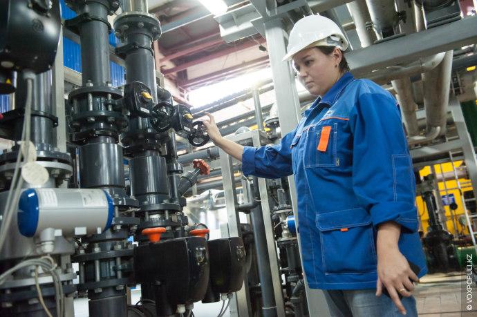 Ночью, когда в ЕЭС Казахстана наблюдается избыток электроэнергии, станция экспортирует свой