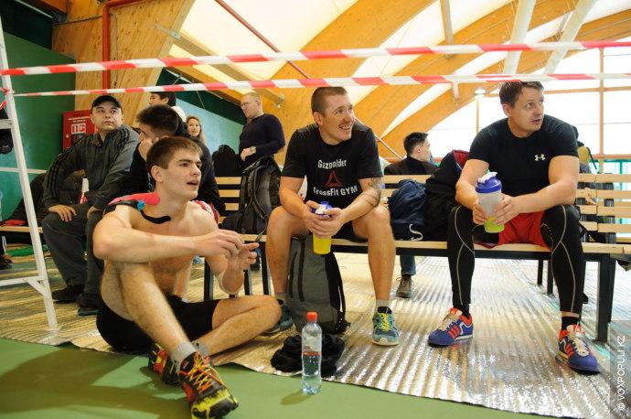 Ход соревнований делился на комплексы и был организован так, чтобы представители других категорий могли передохнуть,...