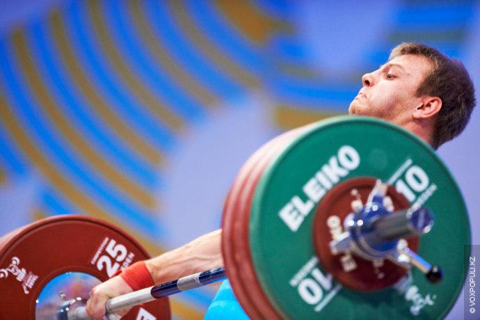Альберт Линдер (до 69 кг)  Один из самых юных участников чемпионата мира выступил достойно. В рывке...