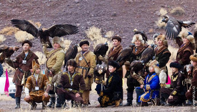 В советское время традиция охоты с беркутом пережила свой упадок. На сегодняшний день в Казахстане...