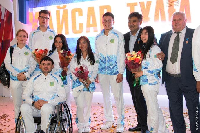 17 ноября 2014 года в Астане в рамках чествования призеров и участников XI Азиатских параигр...