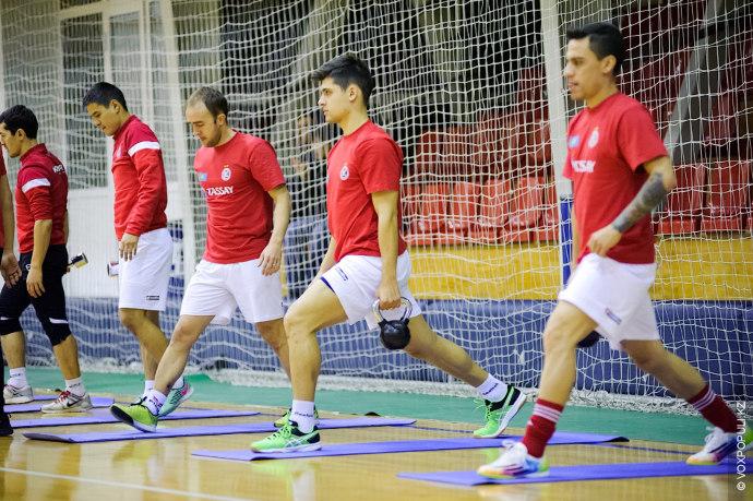 Бразильских игроков и тренеров стали приглашать в состав