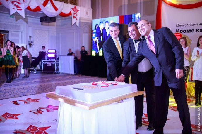На днях в алматинском отеле Rixos состоялся модерн-бал в честь 50-летия посудомоечных машин Bosch. Масштабное...