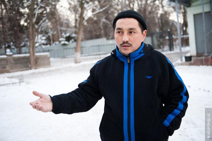 Свой день имам начинает с пробежки.  «По молодости я занимался боксом, но ислам не одобряет виды...