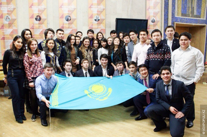 В преддверии празднования Дня независимости Объединение казахстанских студентов ВУЗов России организовало День национальной казахской кухни.