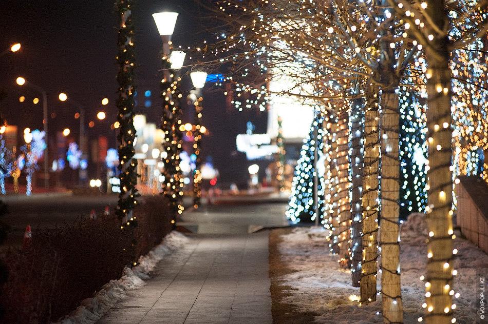 В Алматы световому оформлению уделили особое внимание
