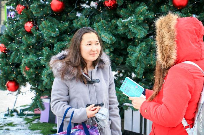 Елеусинова Азиза, школьница.  – Скажите, Вы верите в Деда Мороза?  – Э-м-м, нет. В Деда Мороза я...