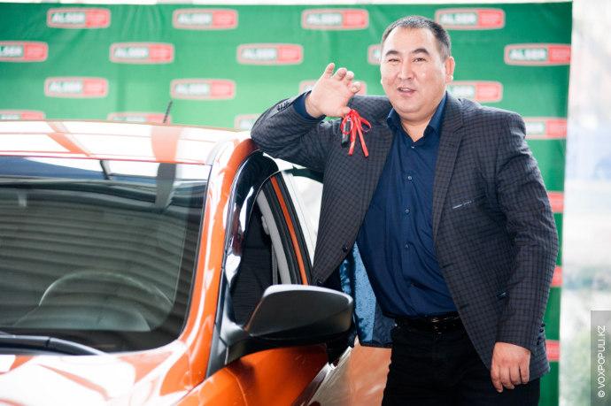 Во время покупки телефона менеджеры Alser предложили заполнить купон, позволяющий принять участие в розыгрыше автомобиля....