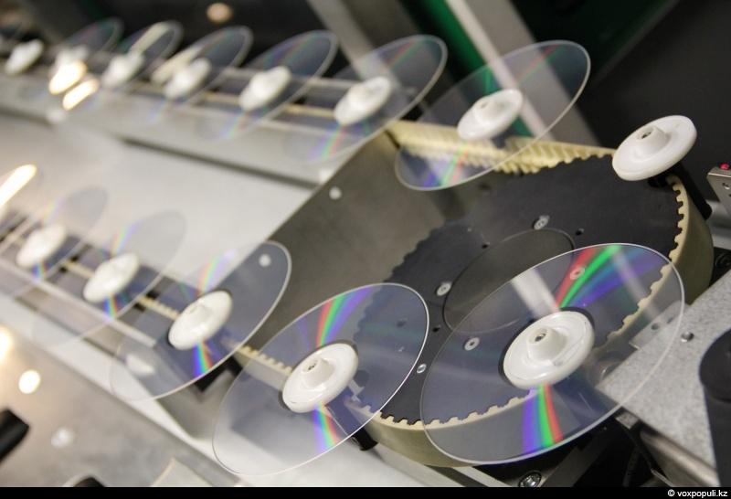 Как производят компакт-диски