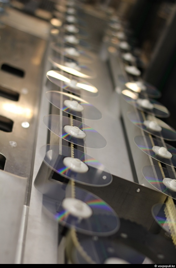 Как делают DVD-диски?: фото №0011